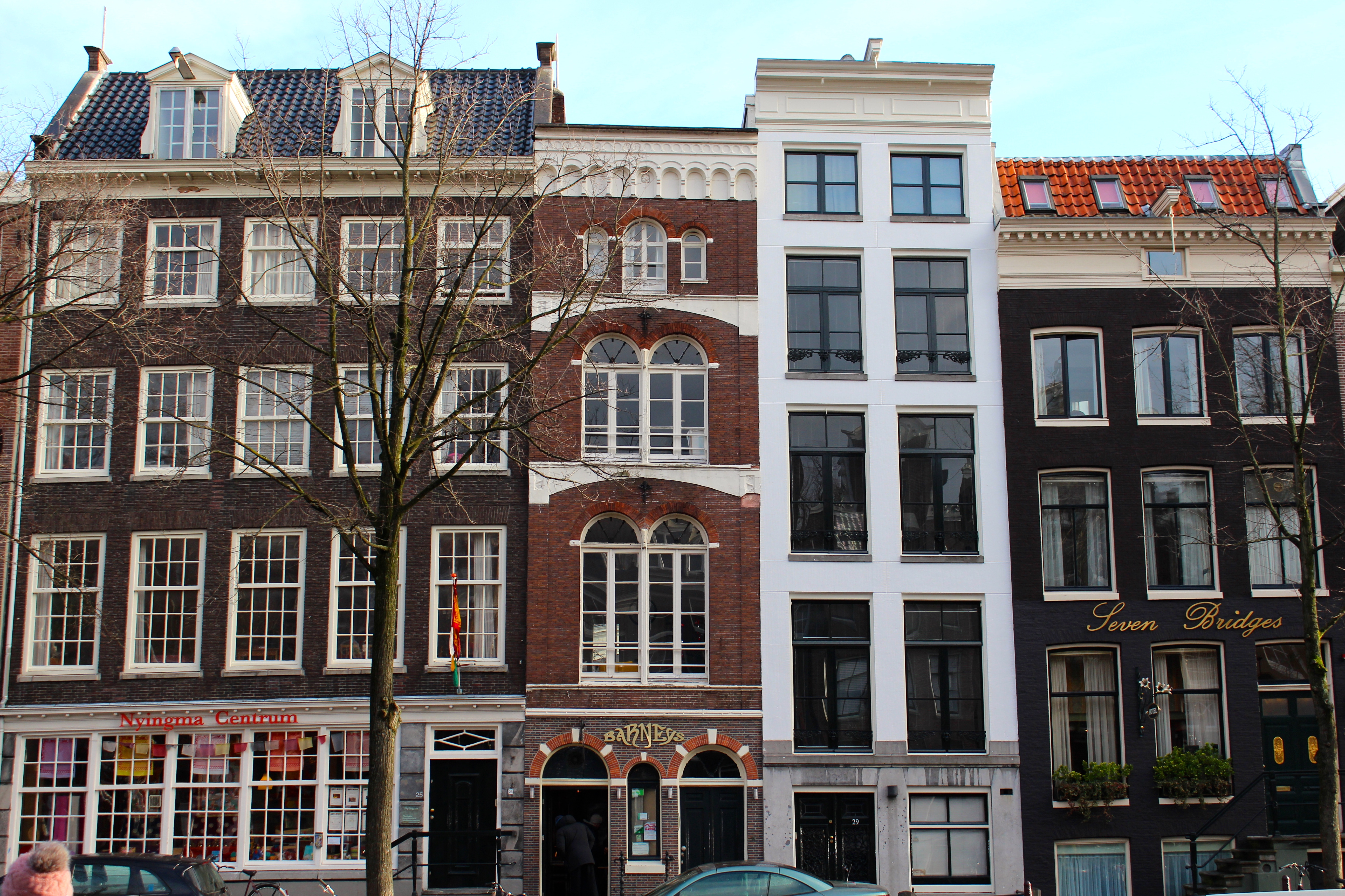 Willet holthuysen amsterdam netherlands a row house with for Classic dutch house of 60m2
